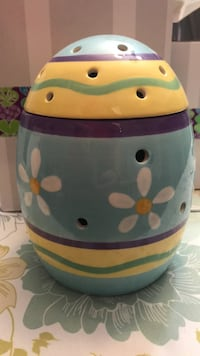 Scentsy Easter egg warmer St Catharines, L2M 6E3