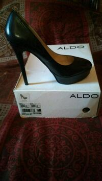 pair of black leather platform stilettos with box Baltimore, 21229