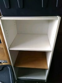 white wooden 3-layer shelf London, N5Z 4J4