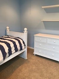 Pottery Barn style bed and dresser  San Diego, 92130
