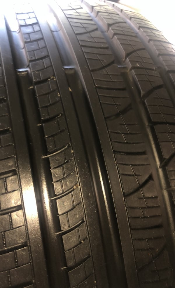 Porsche Cayenne Set Of Four Pirelli Tires  41b98a9a-879a-4720-b34e-fb20343bcdeb
