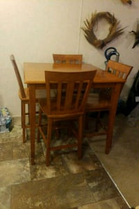 High top kitchen table/chairs solid oak Deerfield, 44411