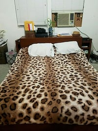brown and white leopard print bed sheet Rohnert Park, 94928