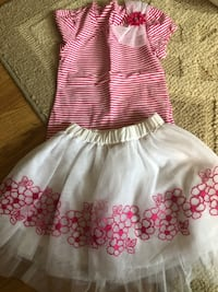Dress set size 3 toddler the skirt is pure white and pink Toms River, 08757