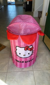 Collapsible Hello Kitty hamper