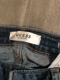 Ripped guess jeans Toronto, M6N 4P6