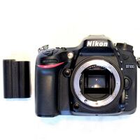 (MINT CONDITION) Nikon D7100 24.1 MP Digital SLR Camera (Body Only) (used once for a wedding) Orlando, 32826