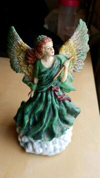 Musical wind up Angel figurine  Annandale, 22003
