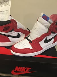 pair of red-and-white Air Jordan 1 Fort Washington, 20744