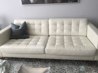 Ikea leather couch Markham, L3R 2G6