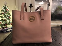 Michael Kors Leather Purse Tote Bag Calgary, T2H 3B2