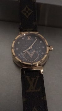 round silver-colored chronograph watch with black leather strap Hamilton, L8M 1V7