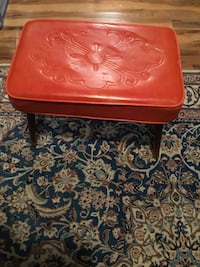 Over 100 years old  stool in perfect condition Toronto, M2N 2B9