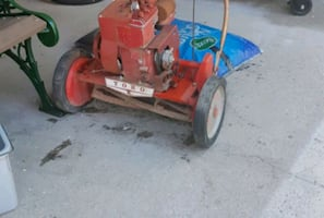 Vintage toro lawnmower