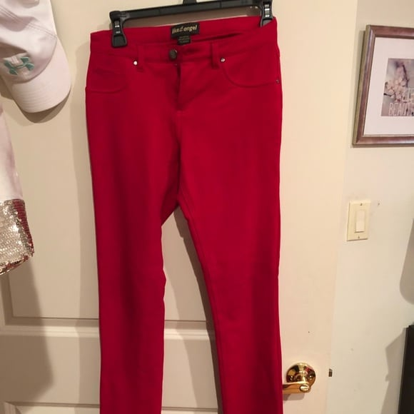 Red jeans/jeggings