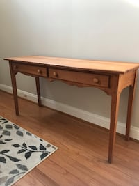 Pine hall table w/2 drawers 51 x 16 x 27 Purcellville, 20132