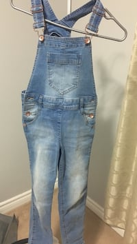 Size 8 for girls overalls Ottawa, K1T 0H4