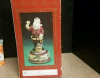 Windsor Collection Santa figurine 426 mi