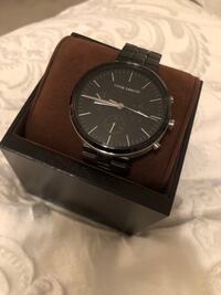 round black analog watch with black leather strap Meridian, 83642