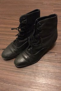 Women's lace up Boots North Charleston, 29456