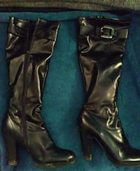pair of black leather knee-high boots Gulfport, 39503