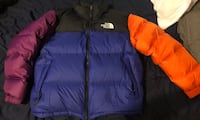 BRAND NEW NORTH FACE RETRO STYLE New York, 10463