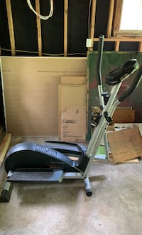 Elliptical - pro-form cardio cross trainer 675 with heart rate monitor Laurel Mountain Borough, 15655