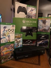Xbox One Gaming Console w/ Controller & Games Springfield, 22153