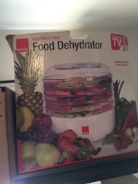 RONCO 5 Tray Food Electric Dehydrator Maker White Brand New. Long Beach, 90808