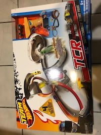 Team Hot Wheels TCR Total Control Racing Super Charger Stunt Park Toronto, M4M