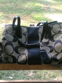 women's black and gray Coach shoulder bag Calhoun