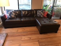 Leather sectional with chaise Gold River, 95670