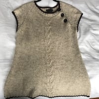 Cute knit sweater top from BCBG size M/L Toronto, M5G 2K5