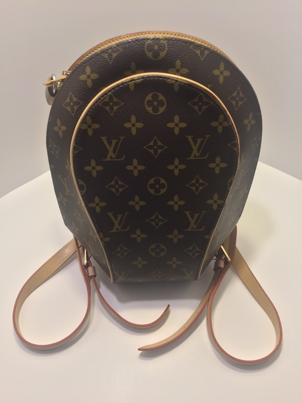 HUGE REDUCTION! Near New Condition Louis Vuitton