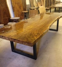 Beautiful dining table!!  HEAVY!!! Painesville, 44077