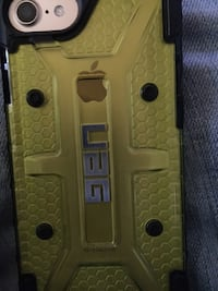 Gold iphone 7 with black case 1971 km