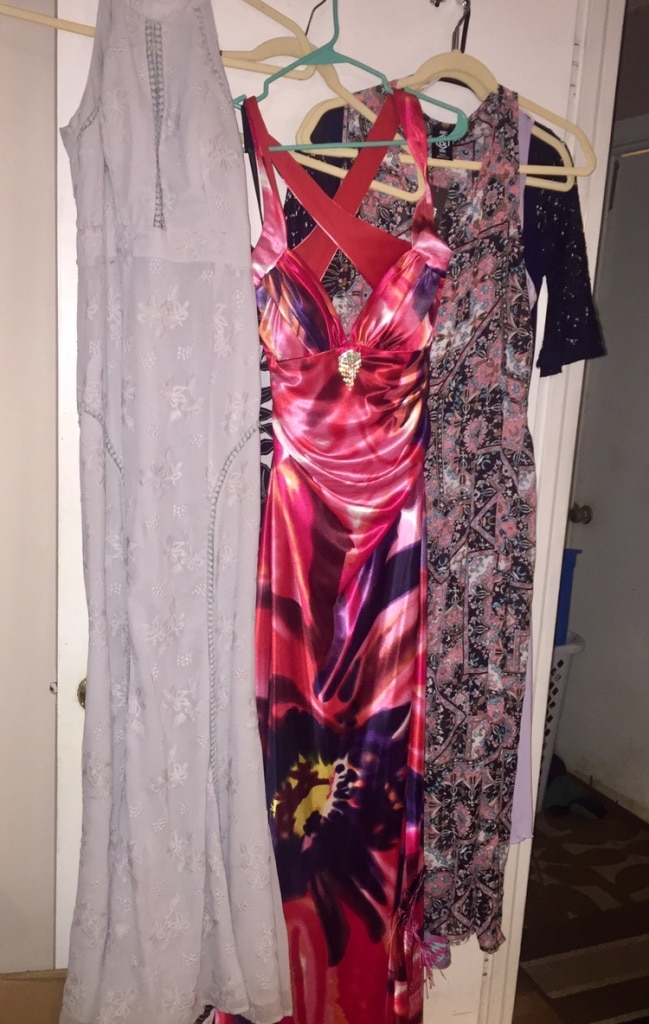 Photo Assorted long formal dresses