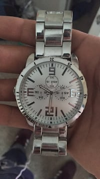 round silver Fossil chronograph watch with link bracelet Houston, 77084