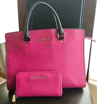 Authentic MK purse and matching wallet  1617 mi