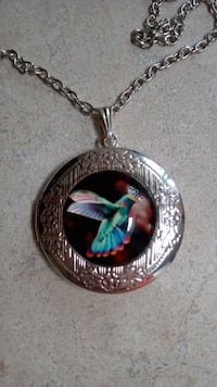 Beautiful hummingbird locket Marysville, 98270