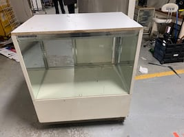 glass / wooden   display unit