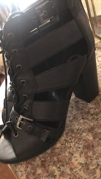 Guess boot size 9 Los Angeles, 90013