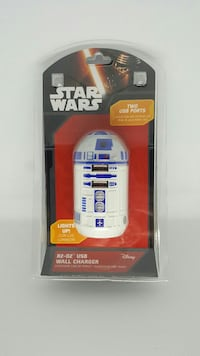 Starwars R2-D2 Two USB wall charger* Lights up!
