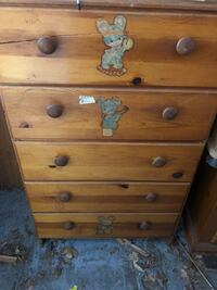 Chest of drawers  Taneytown, 21787