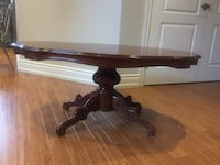 Solid wood coffee table Bolton, L7E 2C9