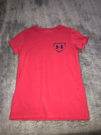 Pink and blue under armour tee 587 km