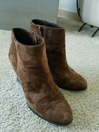 pair of brown suede boots Renton, 98056