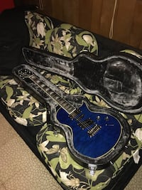 2017 Epiphone night hawk guitar and hard shell case price is not negotiable . Newburgh, 12550