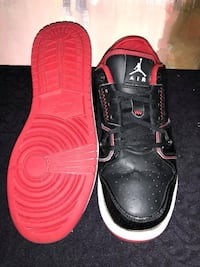 Good used condition Jordan's. Size 7Y wide. Same as men's size 7 or women's size 8.5   Windsor, N8Y 2P4