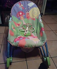 baby's green and pink bouncer Laredo, 78046